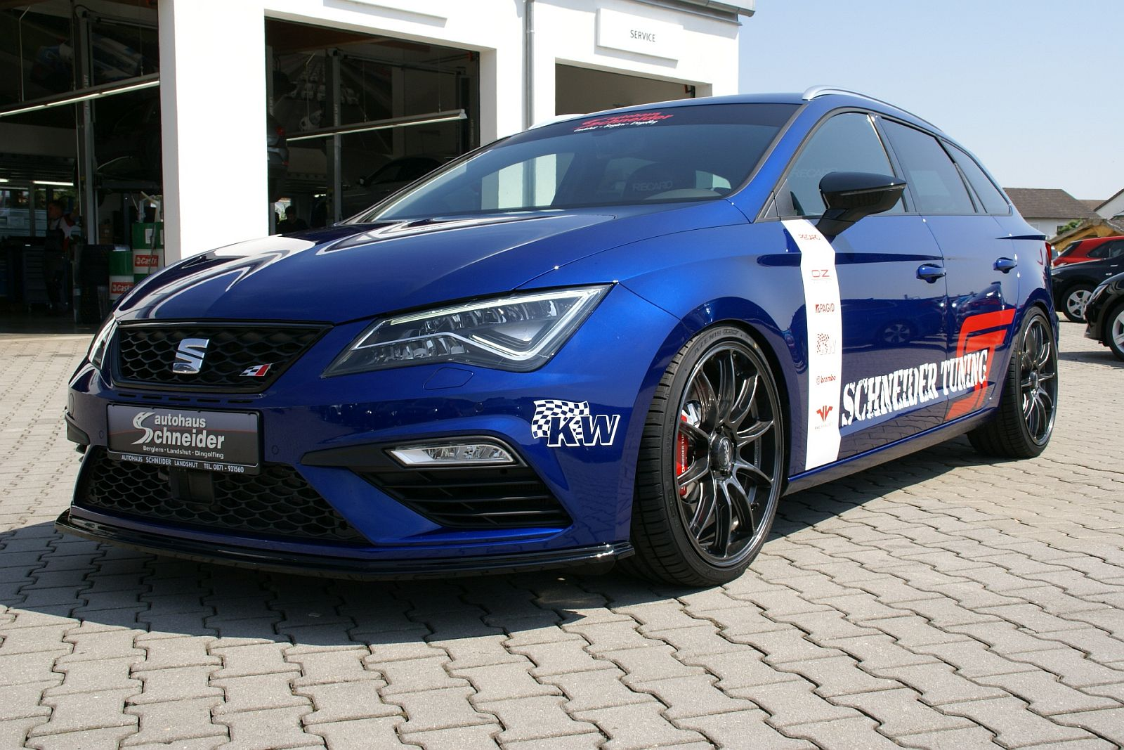 seat leon cupra allrad st400 r schneider tuning. Black Bedroom Furniture Sets. Home Design Ideas