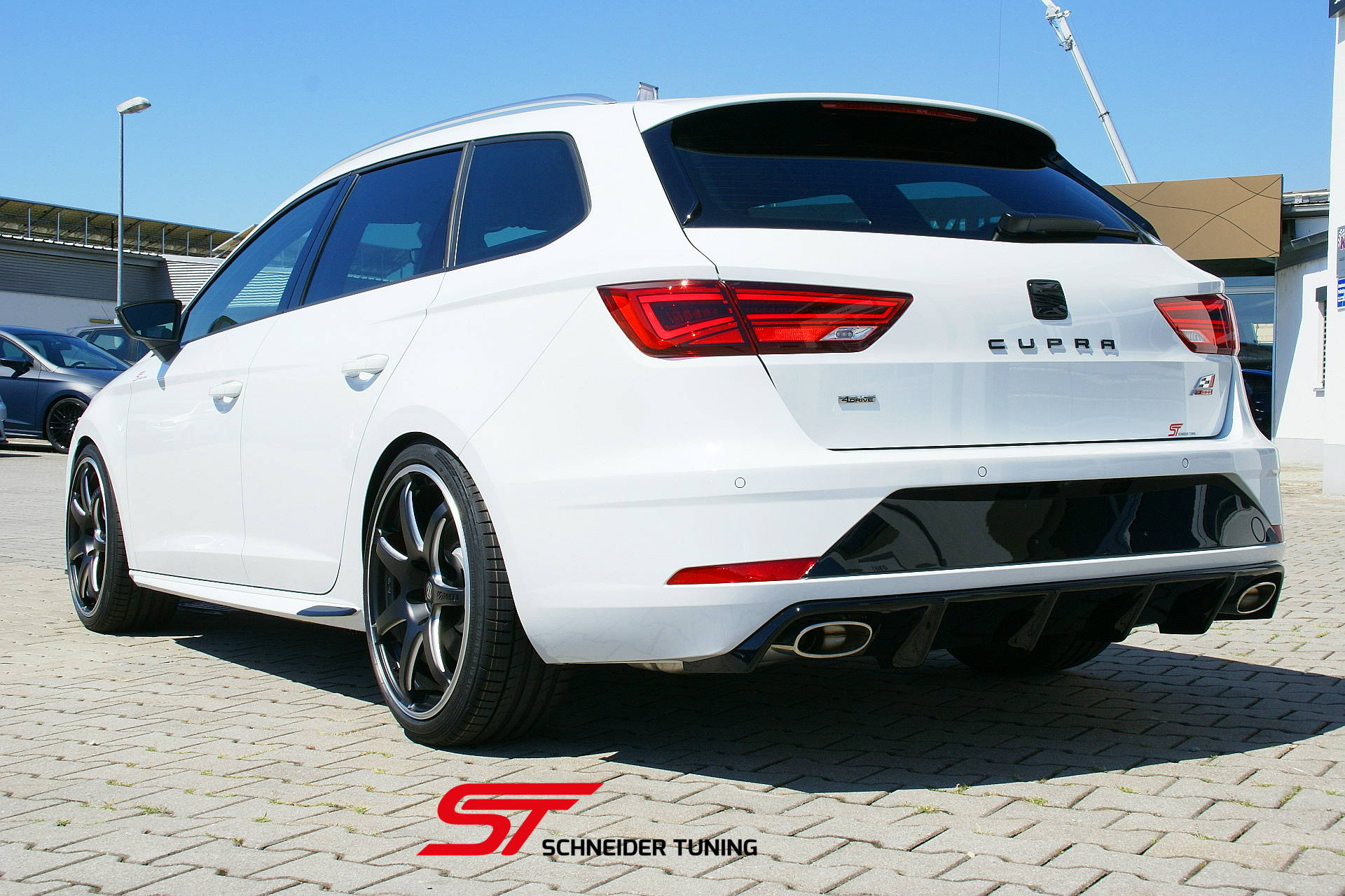 seat leon cupra st 300 allrad schneider tuning. Black Bedroom Furniture Sets. Home Design Ideas