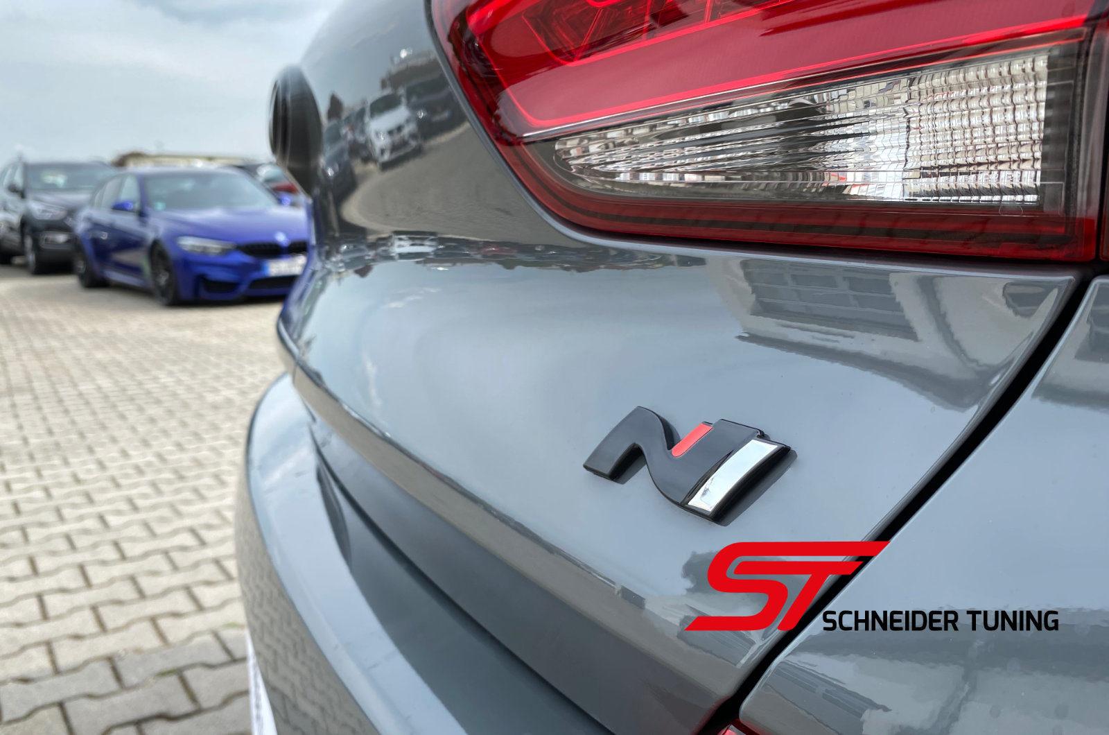 Hyundai-i30-N-logo-n-Schneider-Tuning