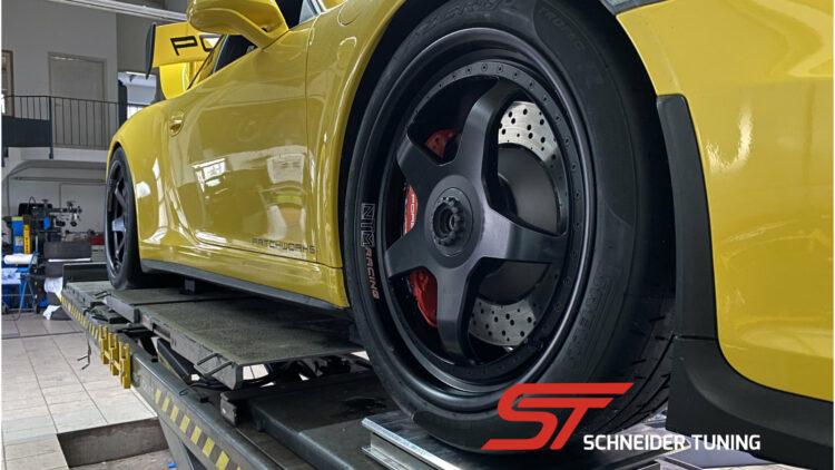 Porsche-911-gt3-gelb-ntm-racing-brembo-schneider-tuning-motorsport-salzburgring